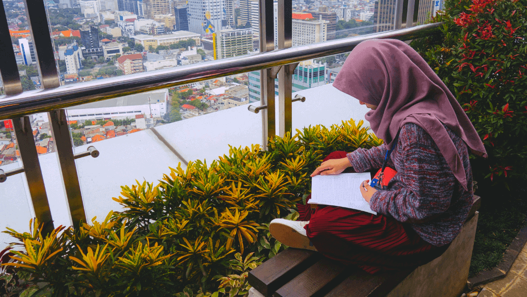Why Wear the Hijab? 3 Reasons to Start Now